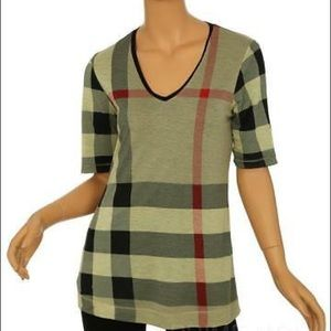Burberry tshirt M could also fit L